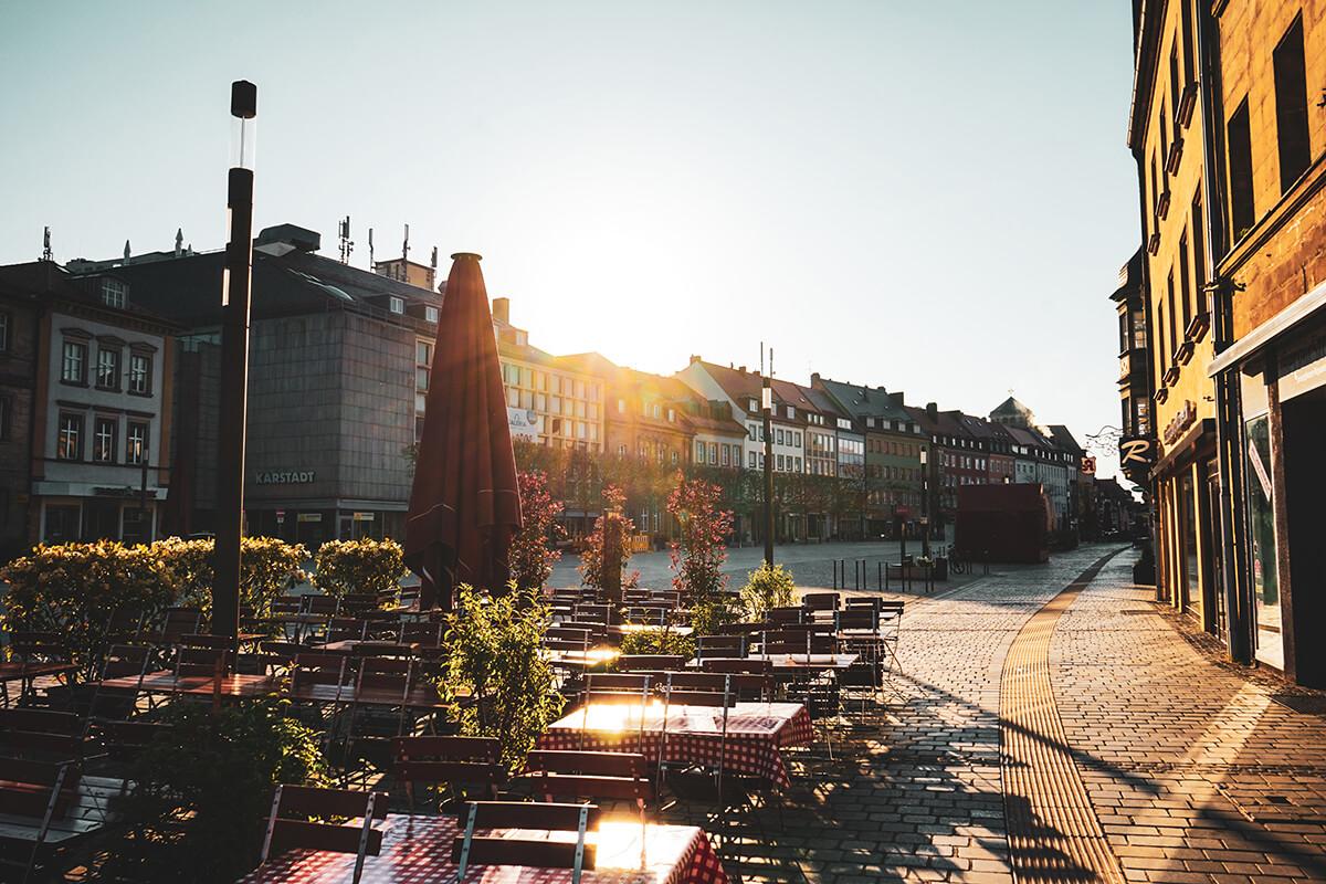 Mitten in Oberfranken - Sonnenschein in der Bayreuther Fußgängerzone